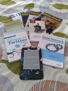 Internazionale, Wired, Wikicrazia, Social Network, Comunicare con Twitter, World Wide We, Kindle