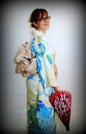 Maura in Kimono